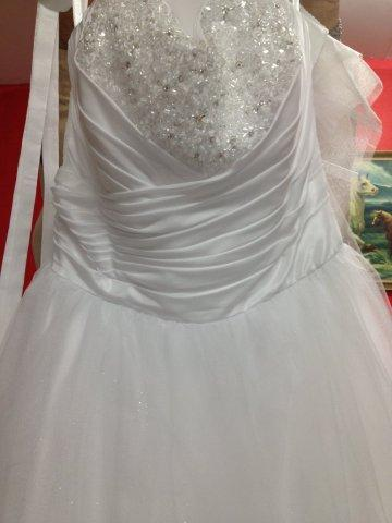 Sydney bridal dress dry clean
